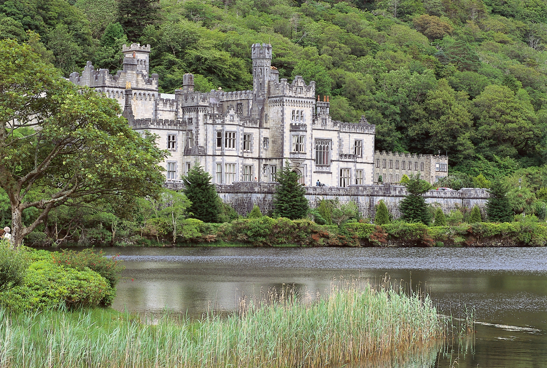 Kylemore Abbey Amp Connemara Tour Journey Through Ireland